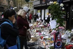 Paris_after_Attack_152226_900_LT_497342252-810x540