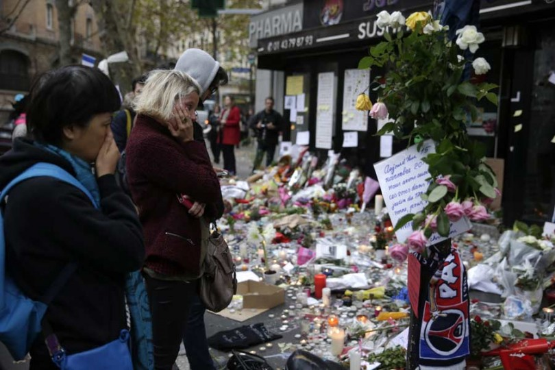 Paris_after_Attack_152226_900_LT_497342252-810x540